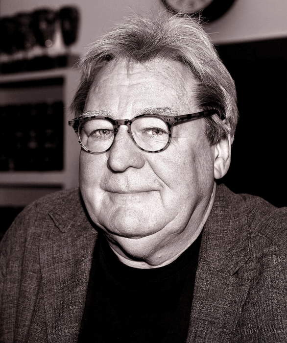 Alan Parker: English film producer and director