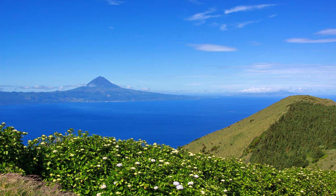 Azores: Portuguese archipelago in the North Atlantic Ocean