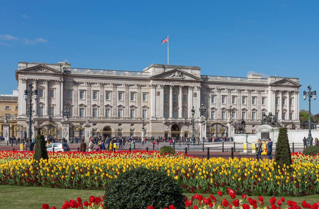 Buckingham Palace: Official London residence and principal workplace of British monarchs