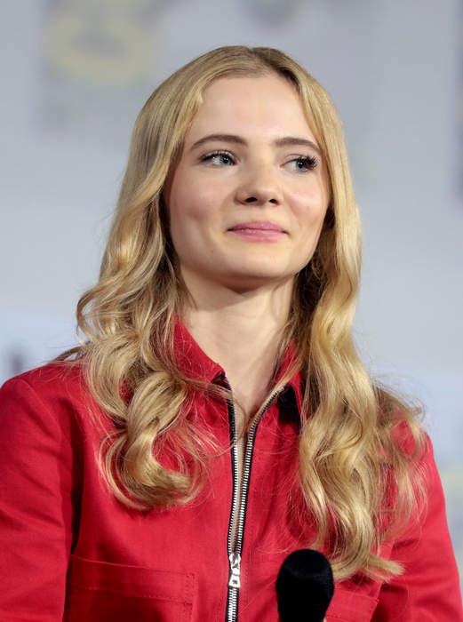 Freya Allan: English actress (born 2001)