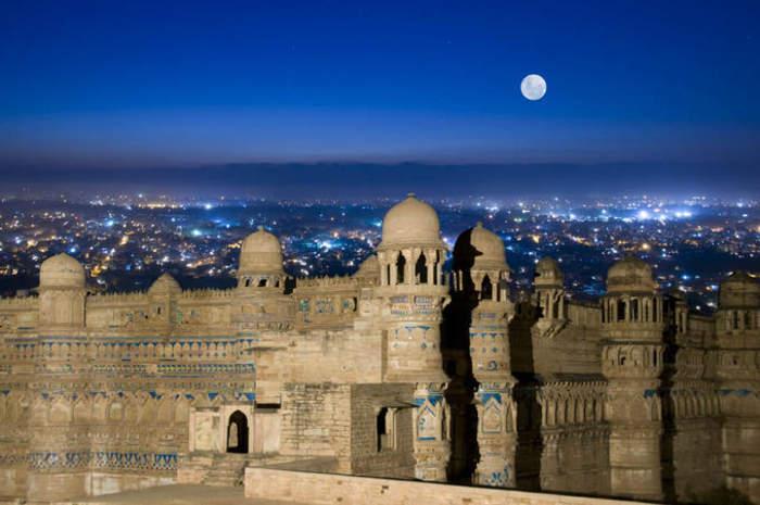 Gwalior: Metropolis in Madhya Pradesh, India