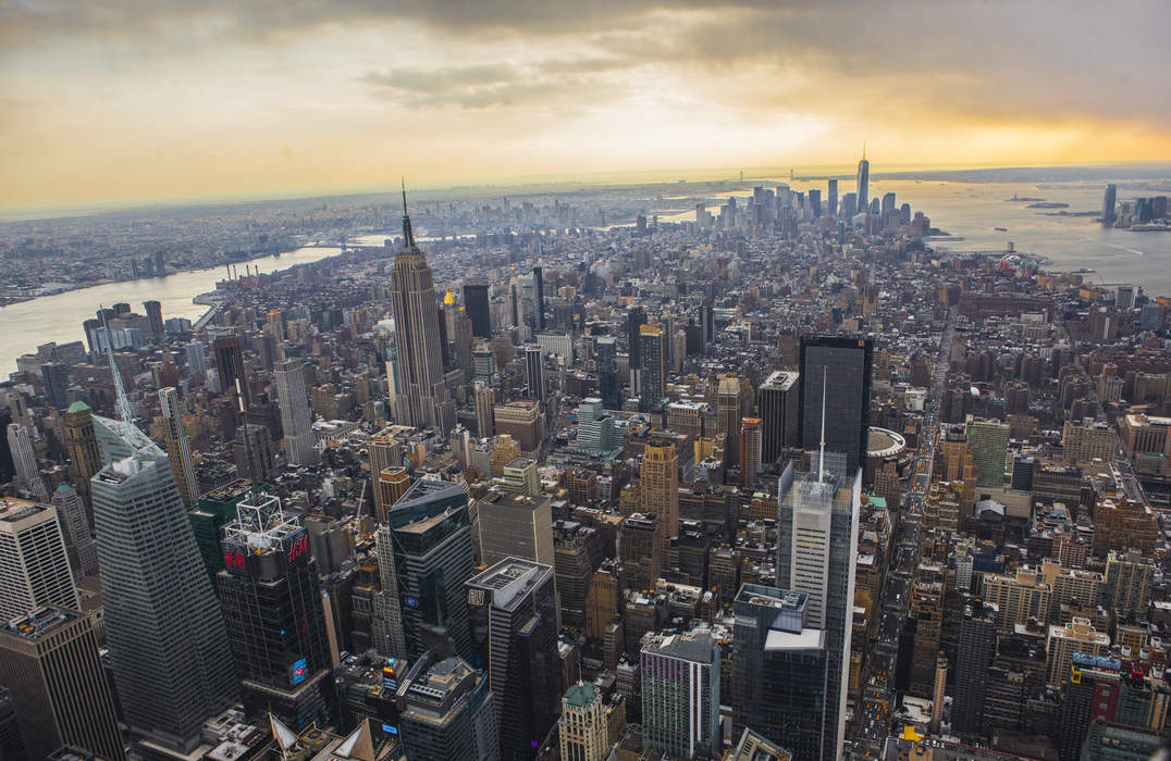 Manhattan: Borough in New York City and county in New York, United States