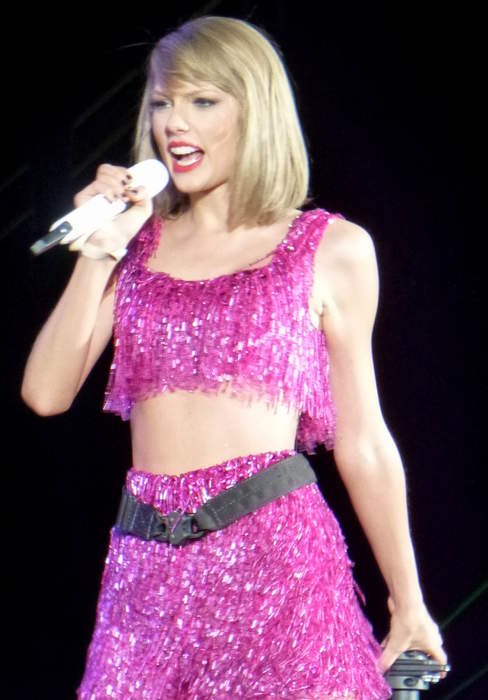 Taylor Swift: American singer-songwriter