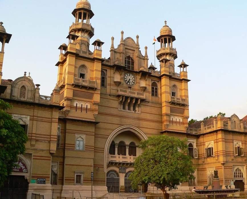 Vadodara: Metropolis in Gujarat, India